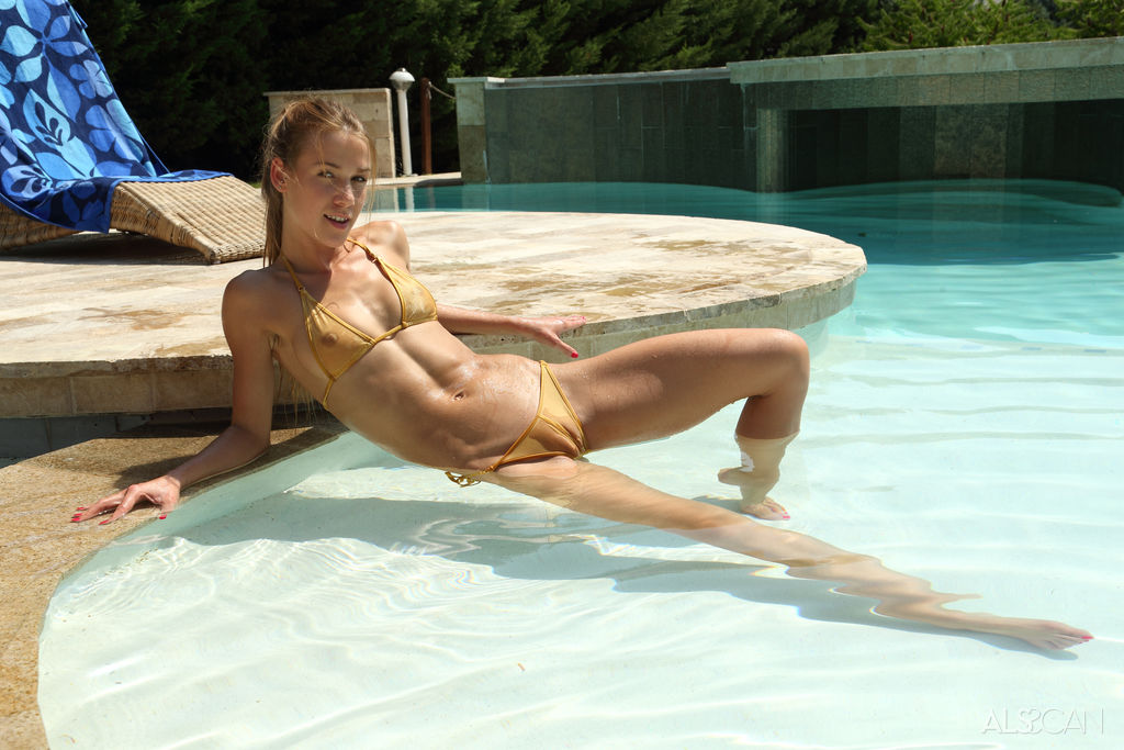Alexis Crystal in Spicy Sunbather photo 6 of 17