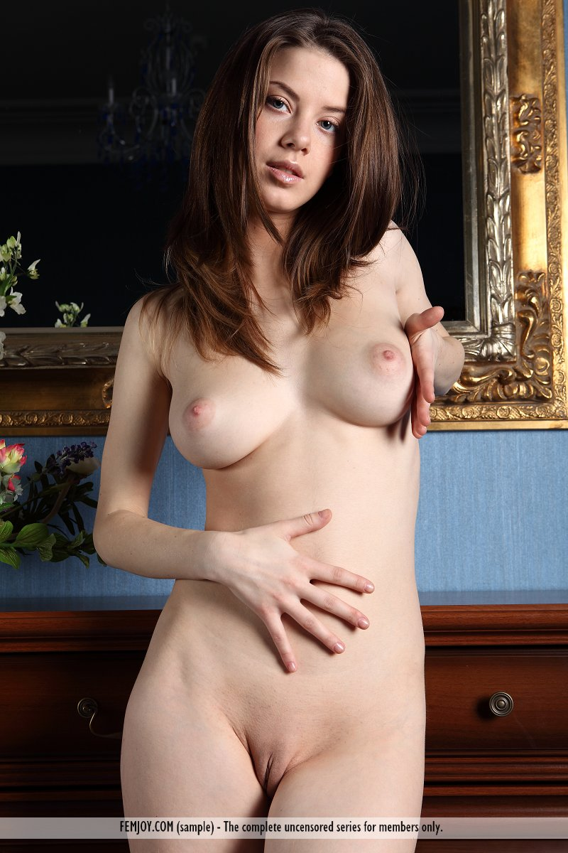 Webcams 2014 petite perky tits riding dildo - 4 8