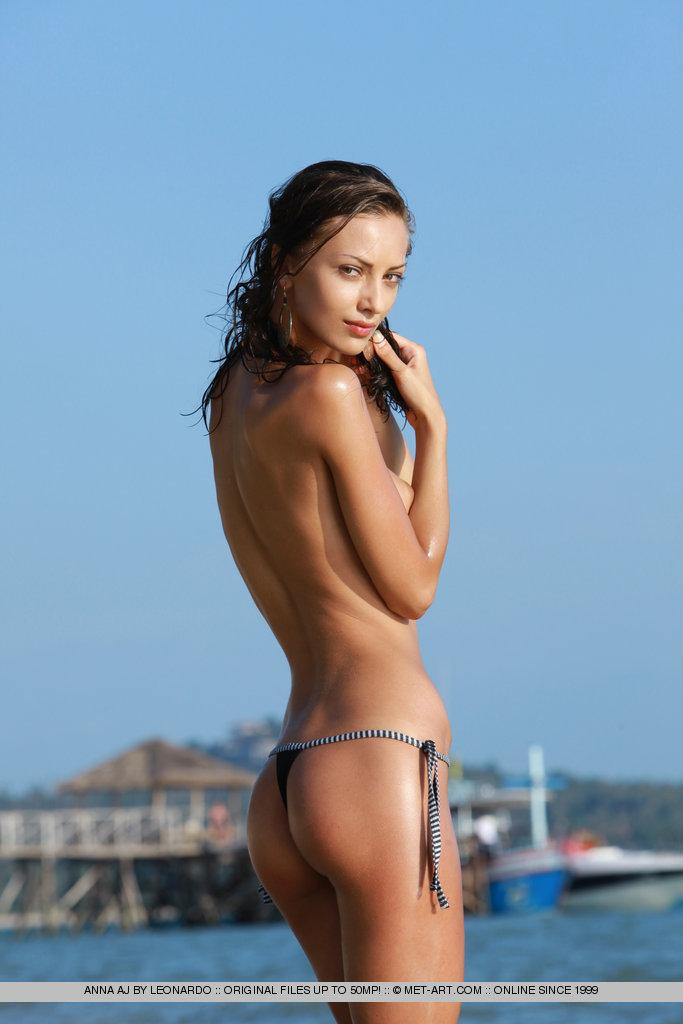 Teen nude beach nude art — pic 4