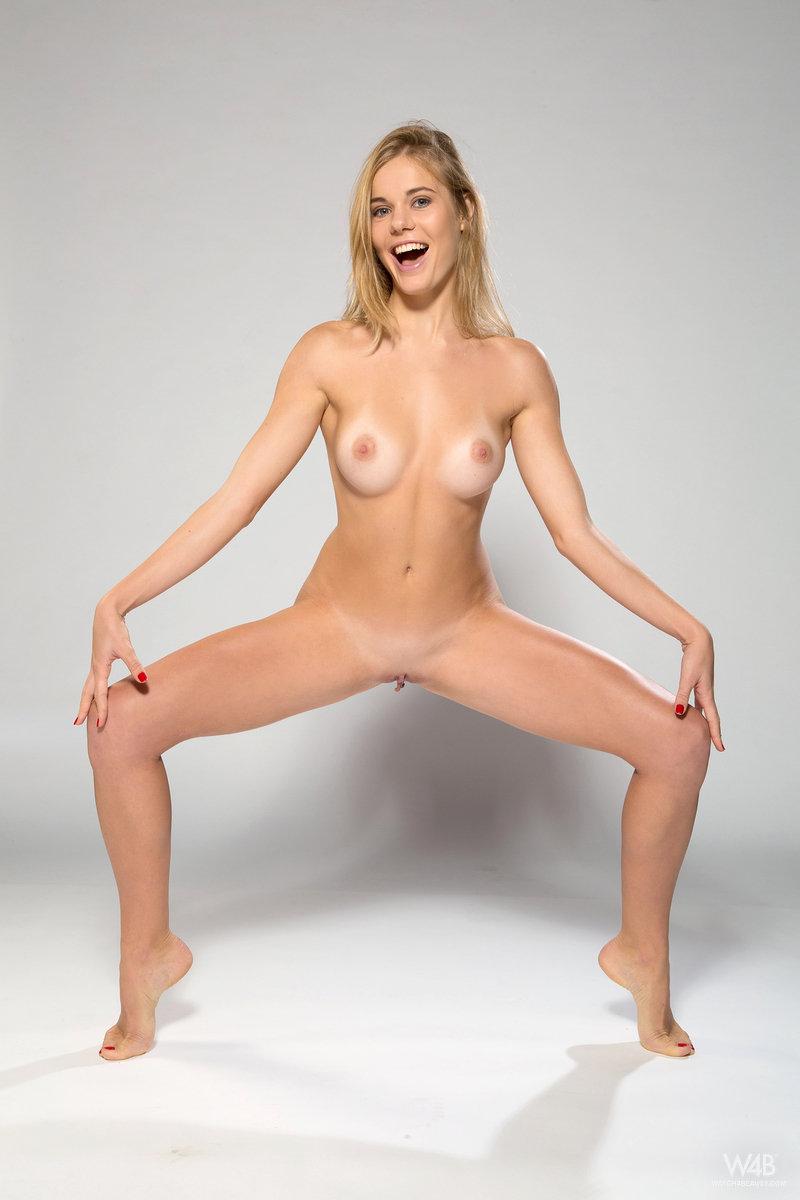 Nude sexy pakistani women