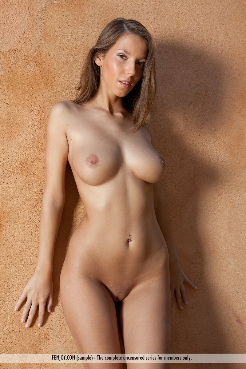 Lizzie In Perfect Love By Femjoy 16 Nude Photos Nude -5162
