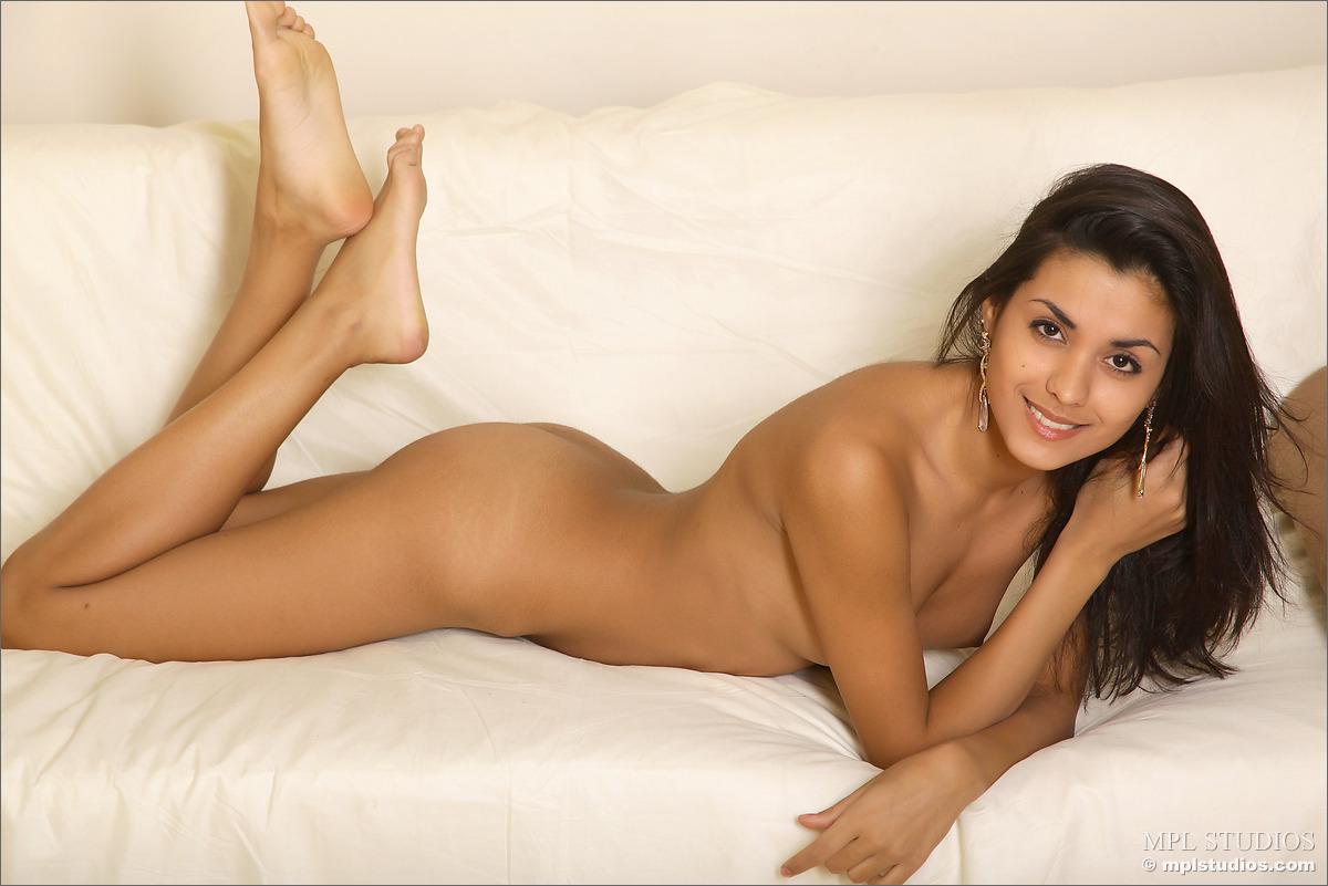 belinda-mexico-nude