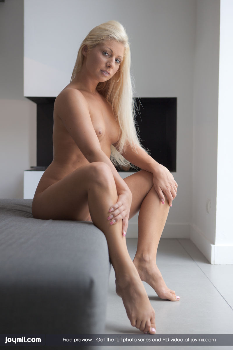 Norwegian nude woman, young model sexy anal