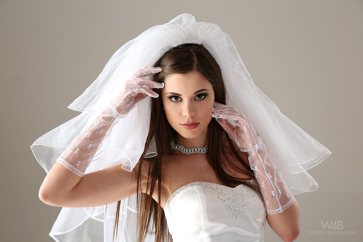 naked-bride-girl-meet-maens-pussy-pics