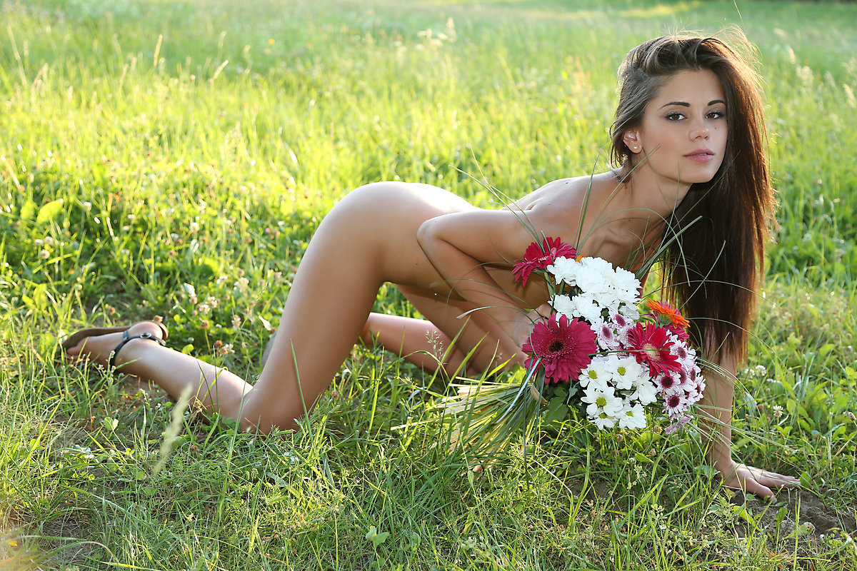 Power of nature nude