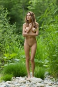 Babe in the woods : Clover from FemJoy, 28 Jul 2019