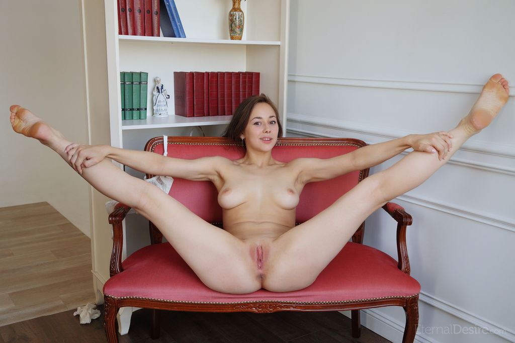 Free naked women with no legs asian