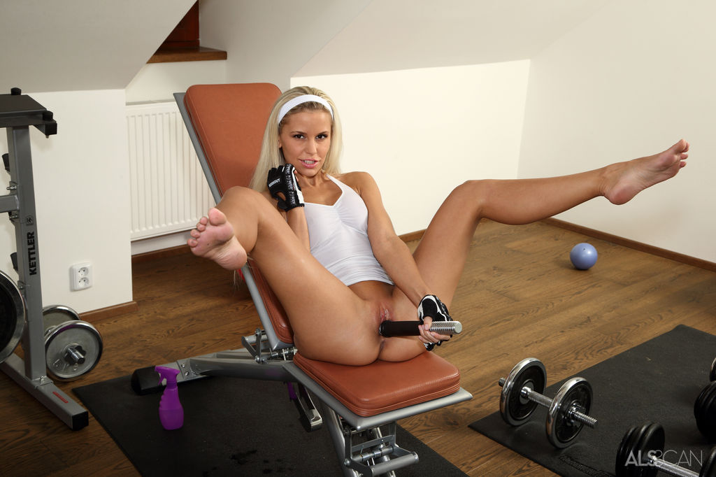 hot-girls-work-out-nude-movies-nude-old-girl