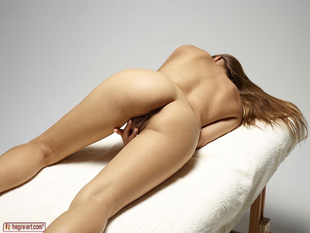 naken massasje oslo hårete vagina