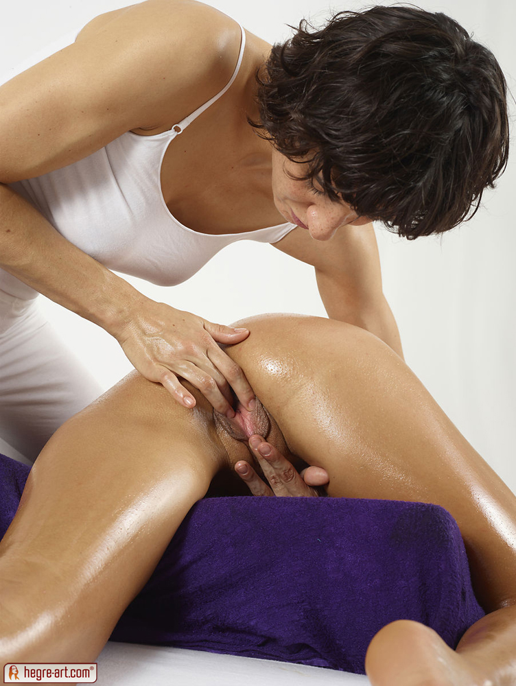 Sandwich massage in michigan by female and male