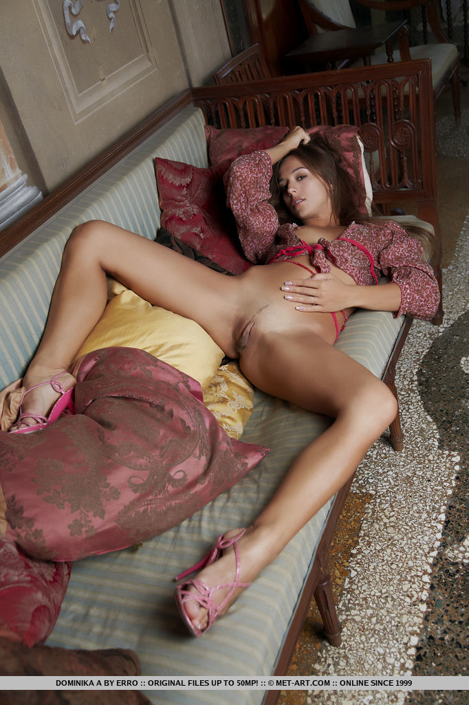 uncensored-youth-girls-naked