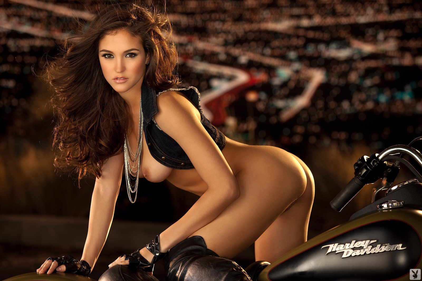 jaclyn swedberg in playmate of the month april 2011playboy plus