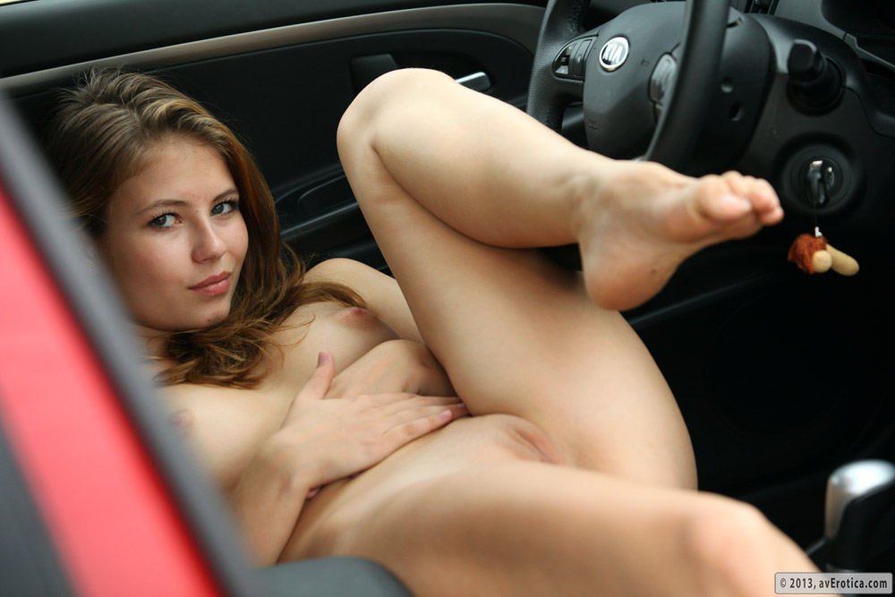 Nude driving a car — pic 8