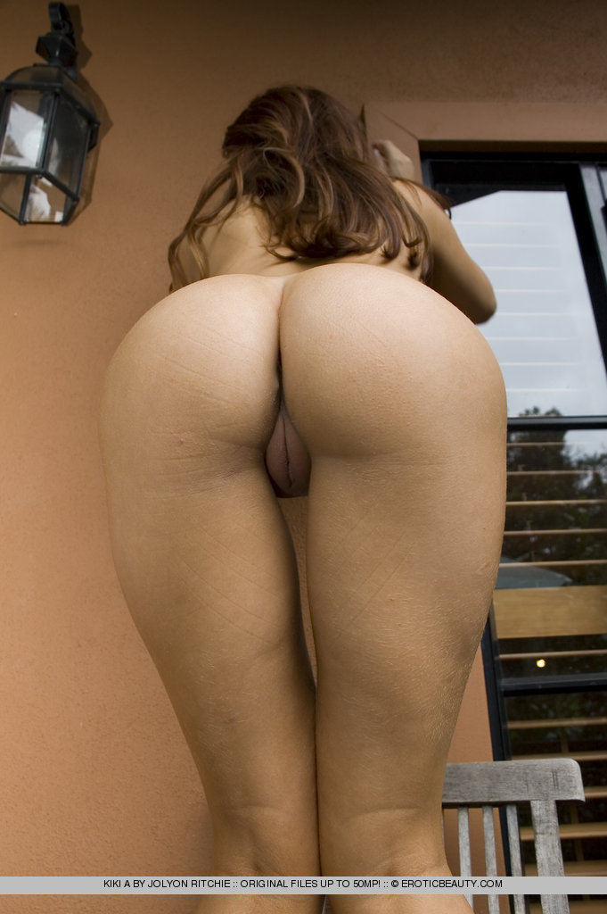 hottest latina college girl nude