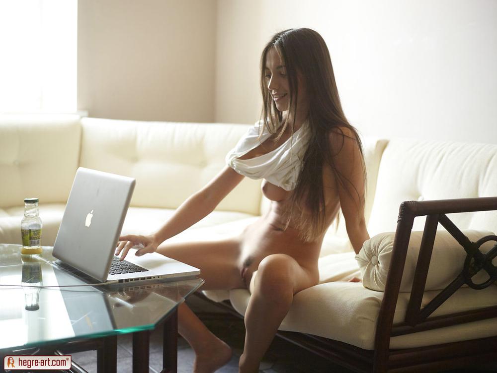 Домашнее порно с молодыми (18 летние) на ПорноНа.Нет