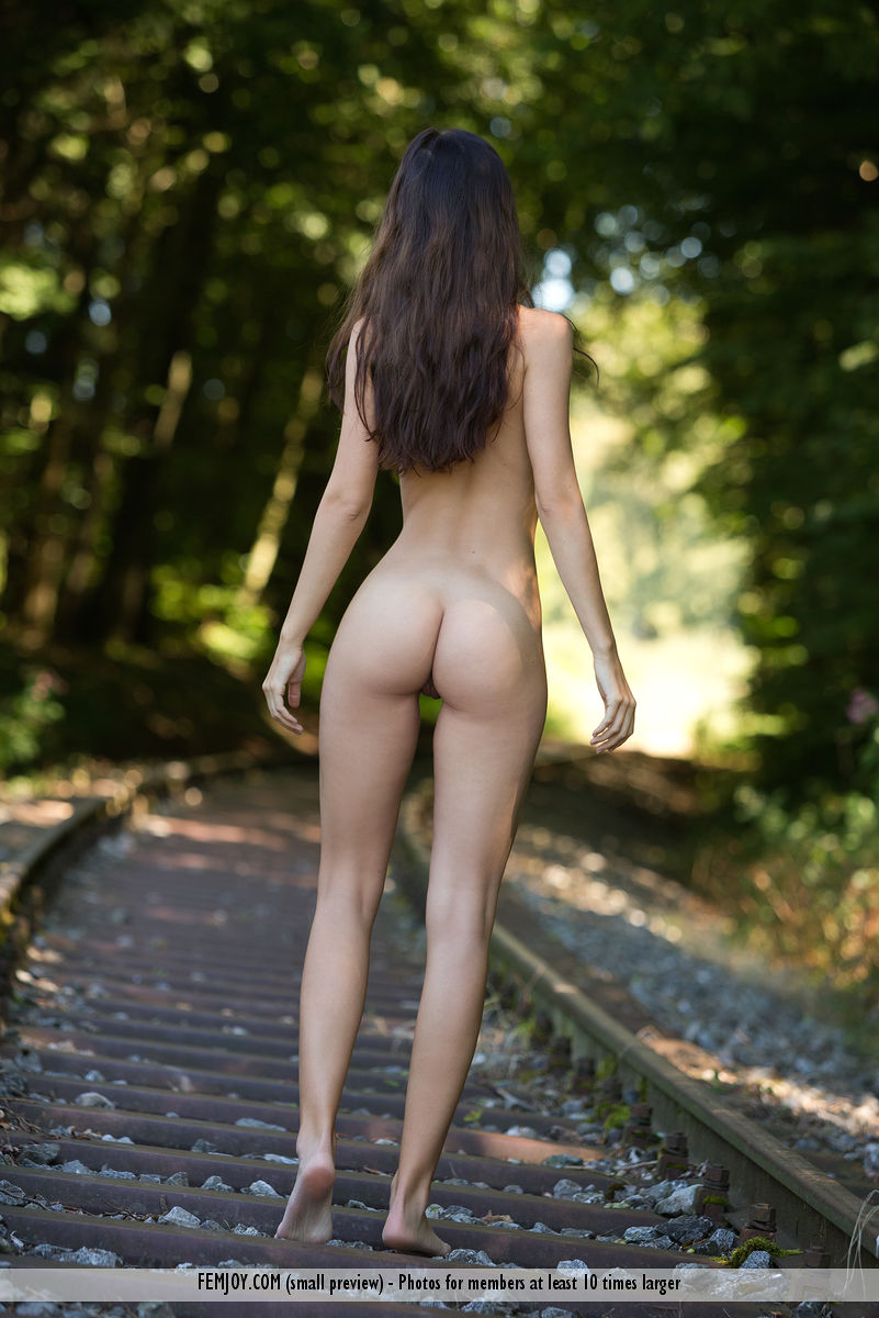 Lauren In On The Right Track By Femjoy 17 Nude Photos -4430