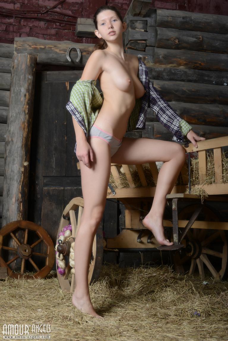 sex-country-village-nudes