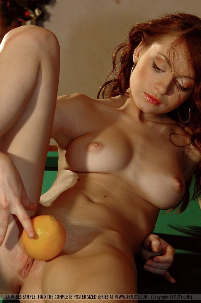 порно фото певицы ангины