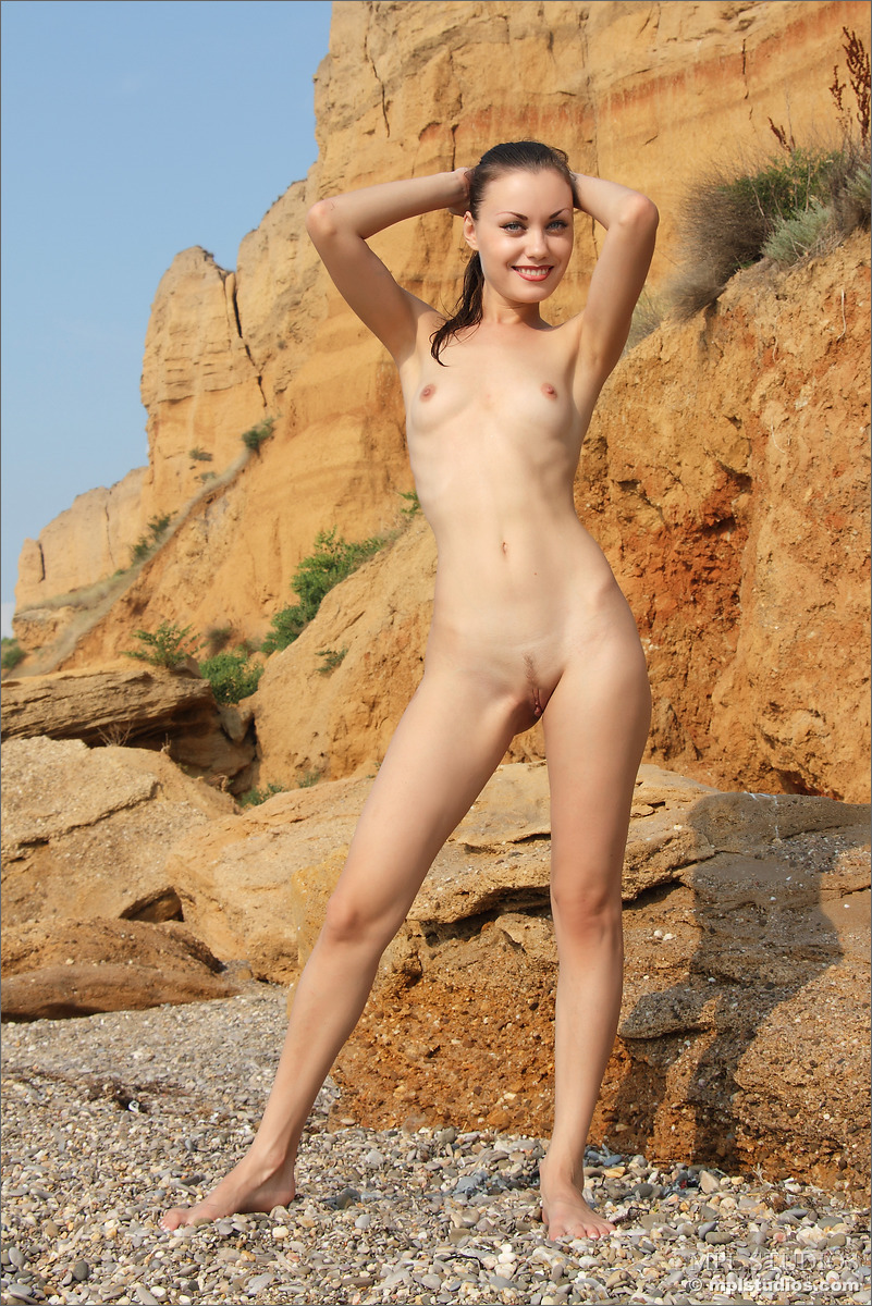 Best friend girl naked