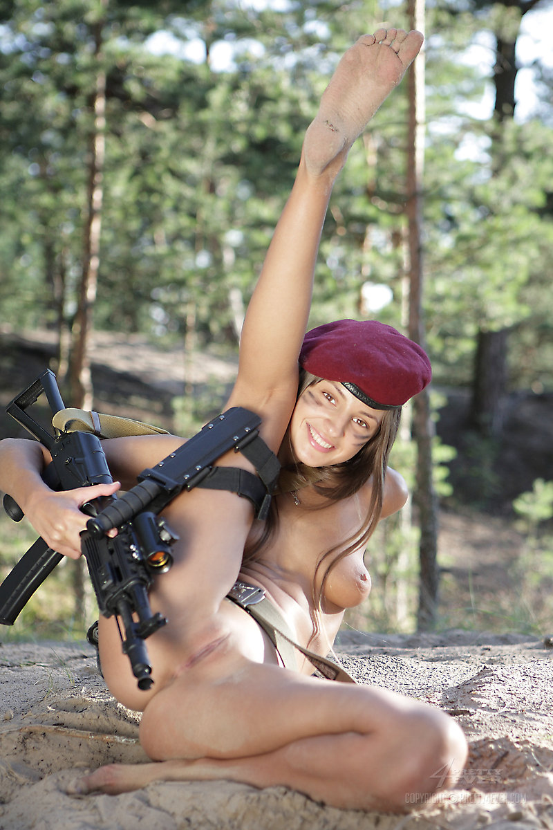 action-women-nude-pic-sluty-blond-pussy