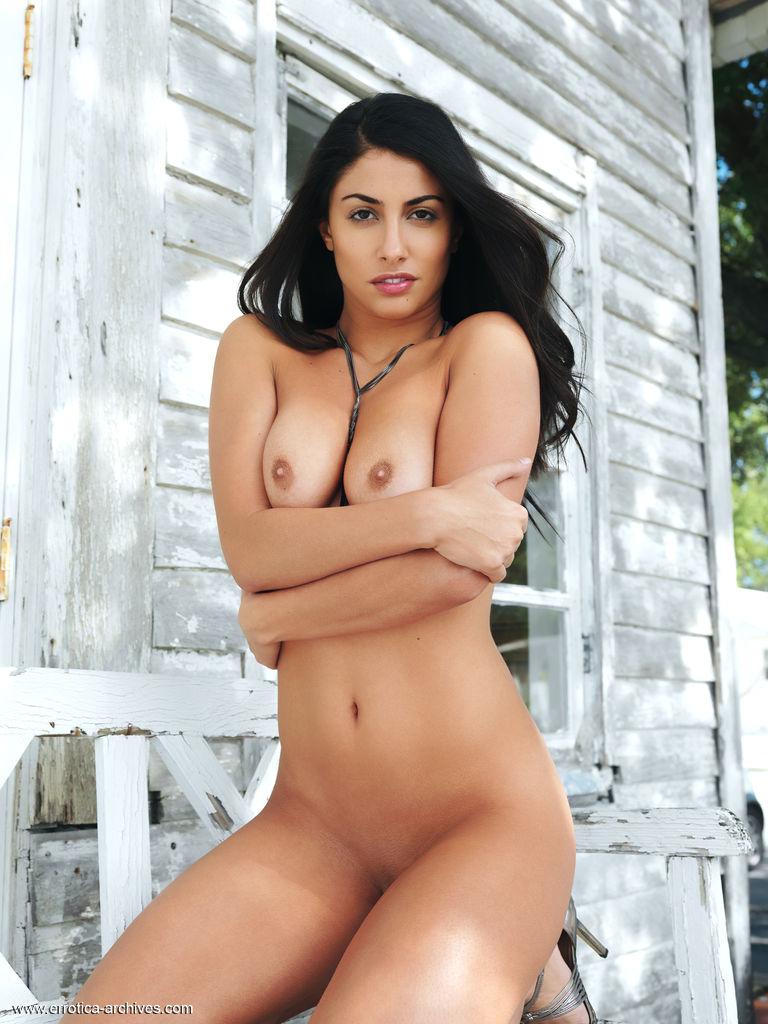 Nadia In Veranda By Errotica-Archives 17 Nude Photos -1080