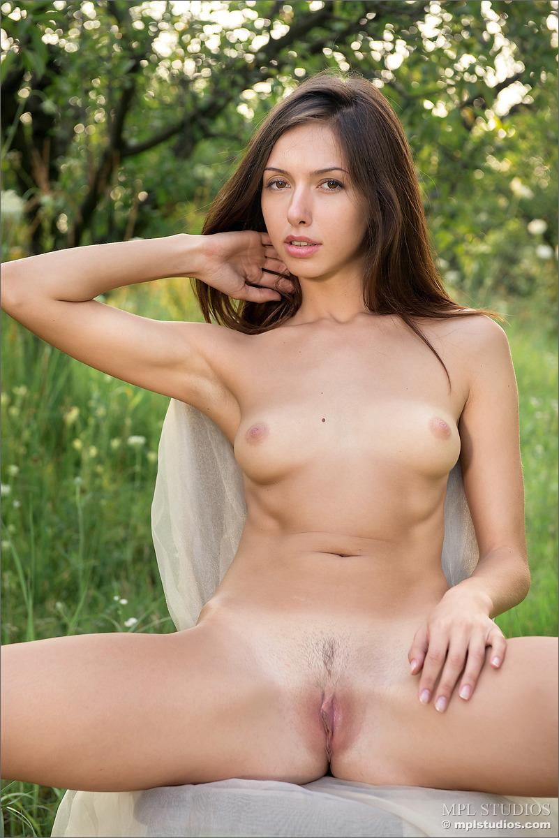 xenia in sweet summermpl studios (12 nude photos) nude galleries