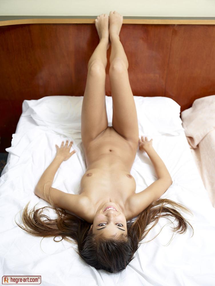 Gymnastics hegre nikola bed