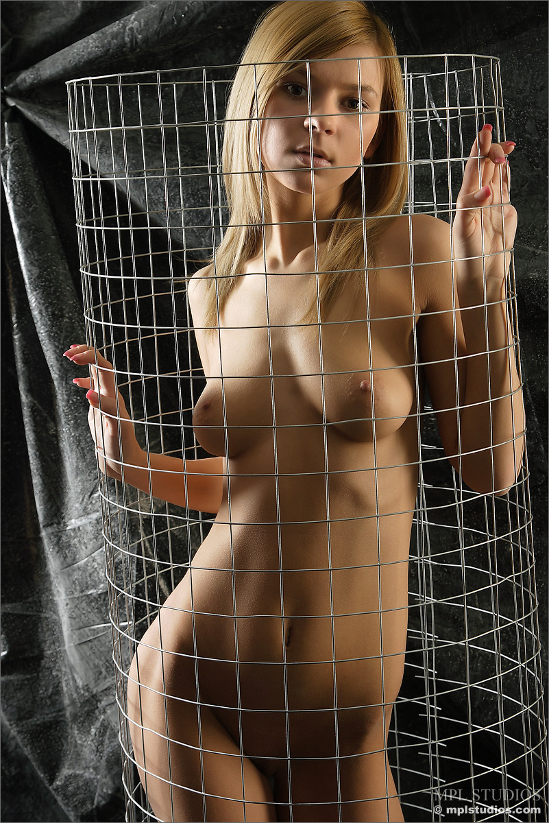 Alla In Wired By Mpl Studios 12 Nude Photos Nude Galleries-5784