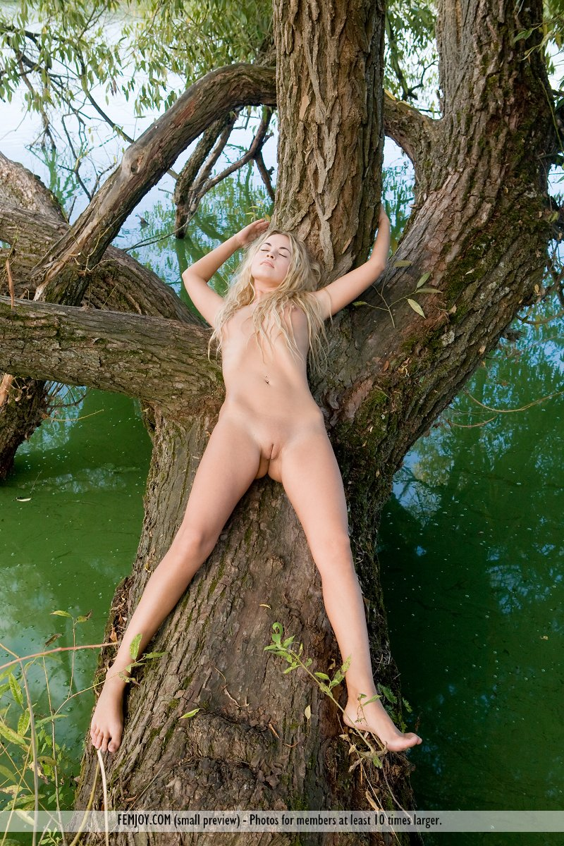 nude women in the swamp