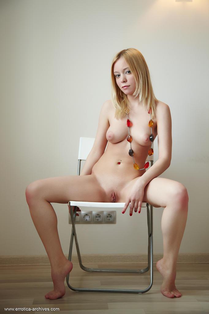 Queermenow Rista Nude Photos From Errotica Archives Aleon