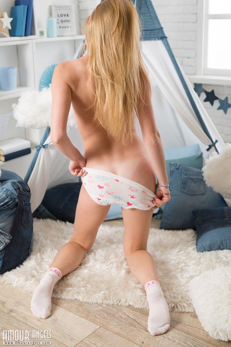Imgsrc nude little girls