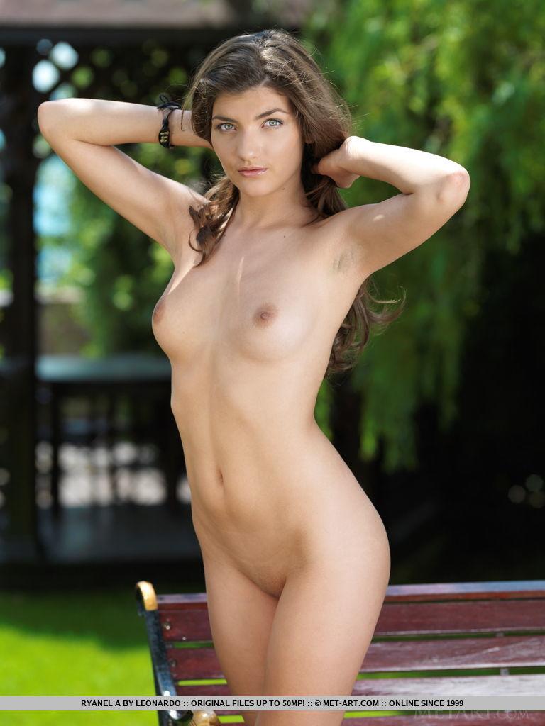 heidy model  nude