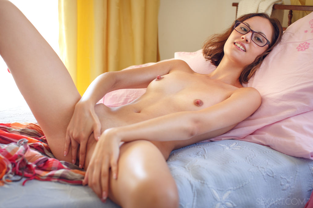 Sade Mare in Merady by Sex Art(13 nude photos ) Nude Galleries