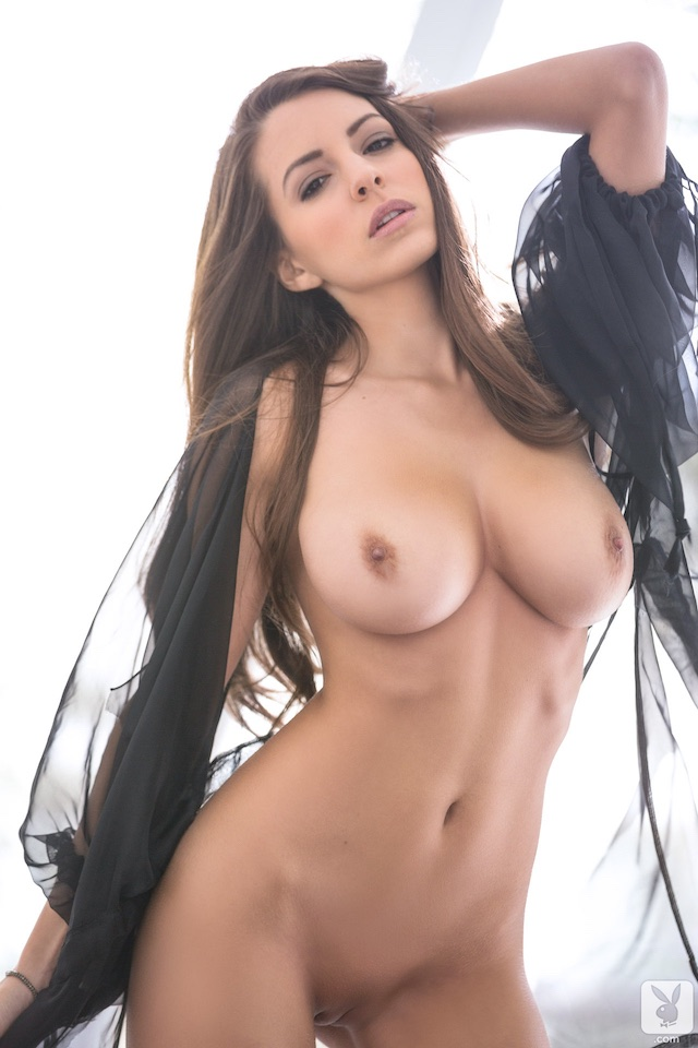 shelby chesnes naked