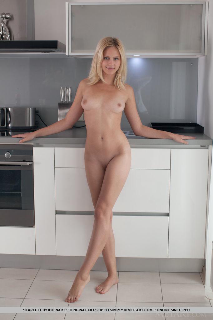 deep rough anal for brunette milf