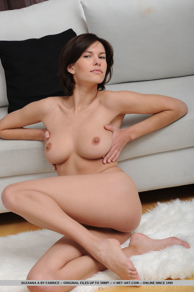 Suzanna a nude sex women