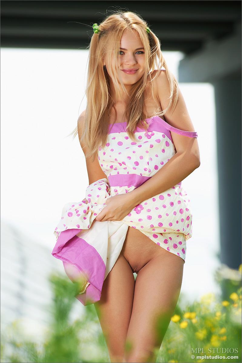 Cheerful model nudes #13