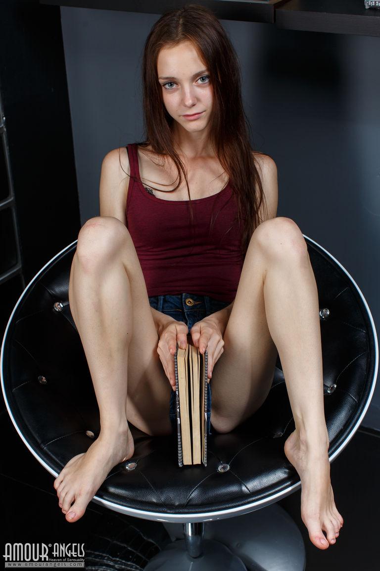Amanda Holdan Naked