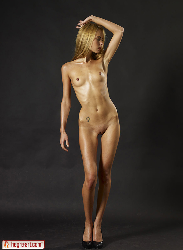 Japanese nude skinny picture