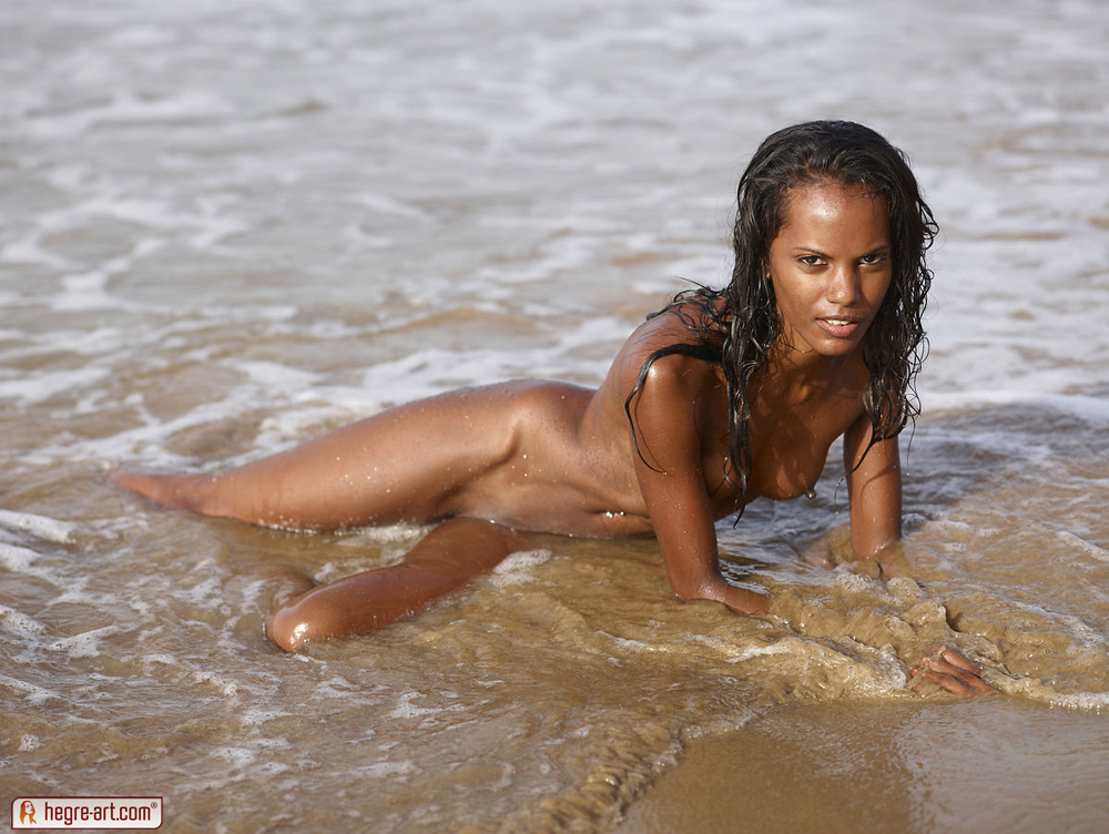 nude-black-people-at-the-beach