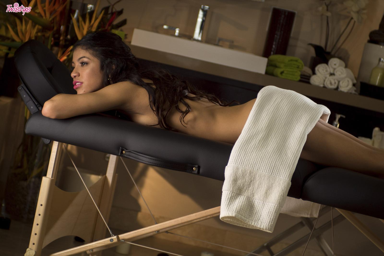 Veronica rodriguez porn massage