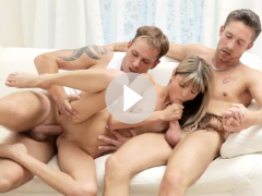 Gina Gerson at Center Of Attention
